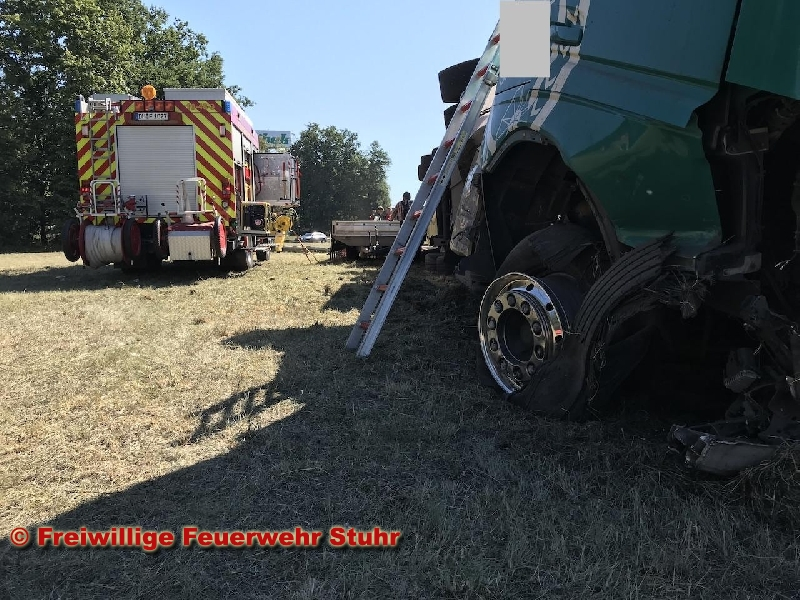 Technische Hilfeleistung - nach Verkehrsunfall